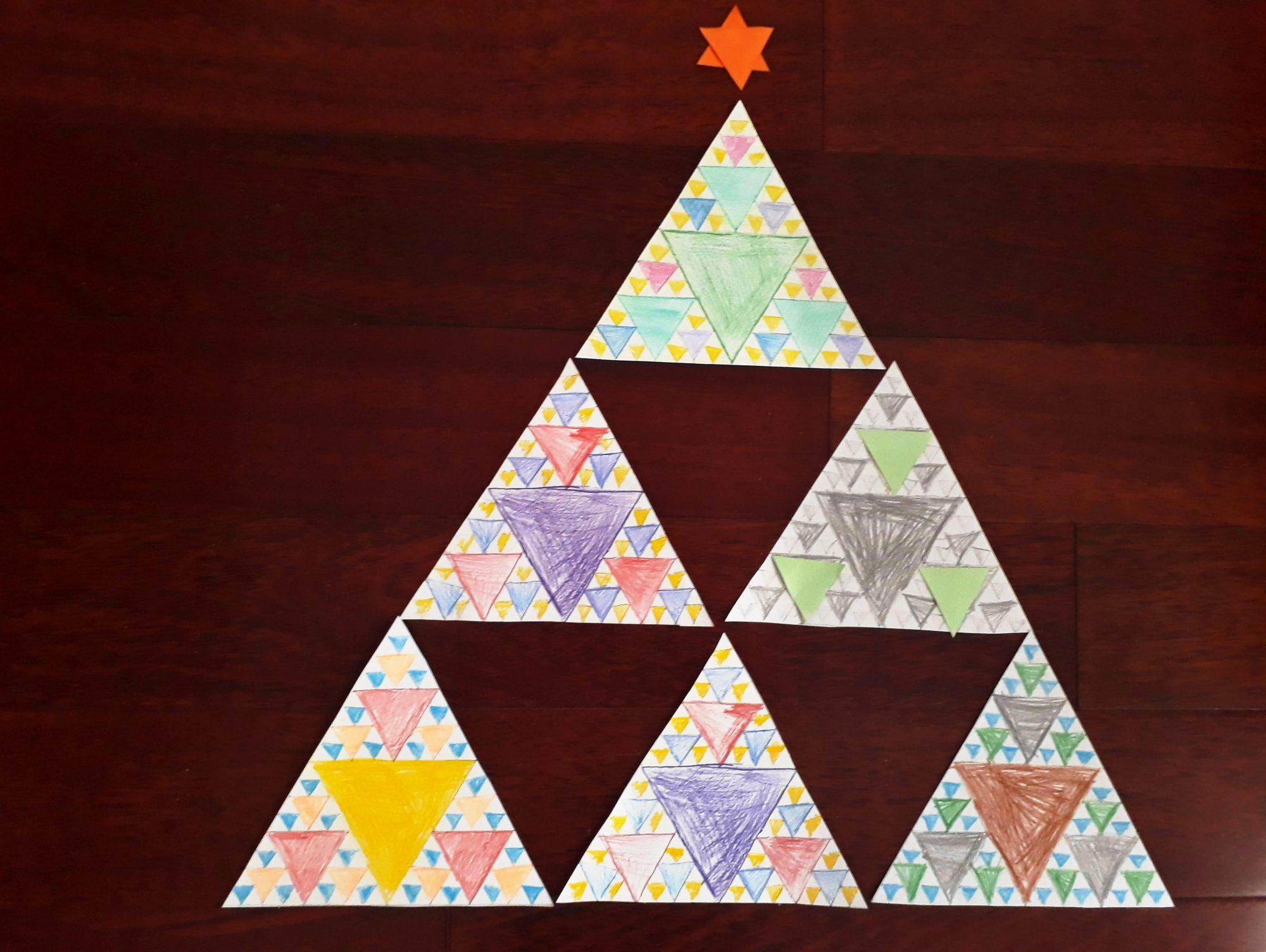 Sierpinského trojuholník. Geometrická zábava