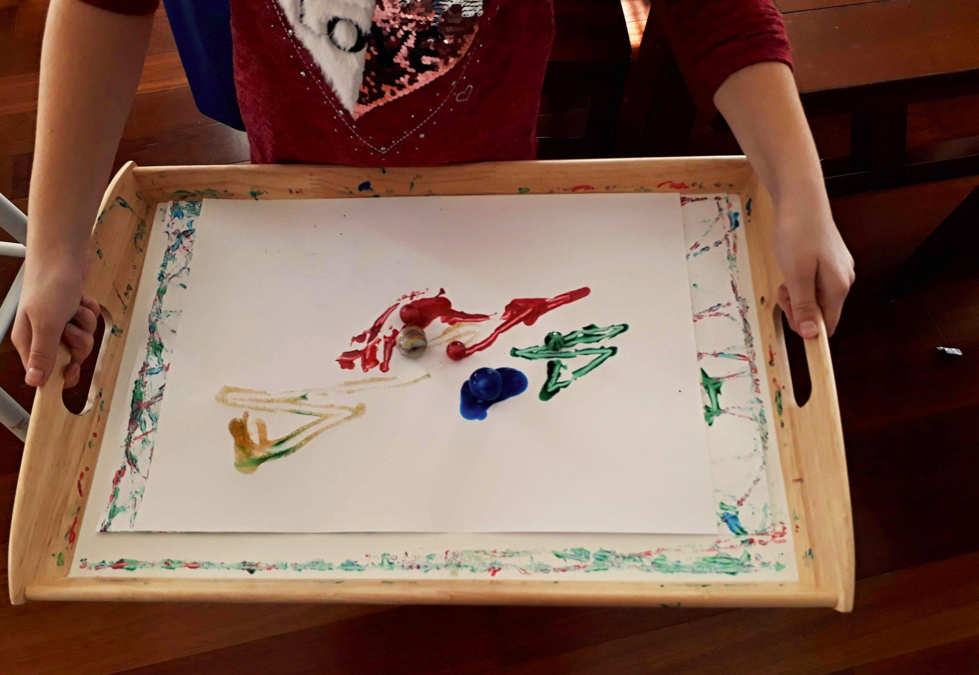 Maľovanie s guľôčkami à la Jackson Pollock